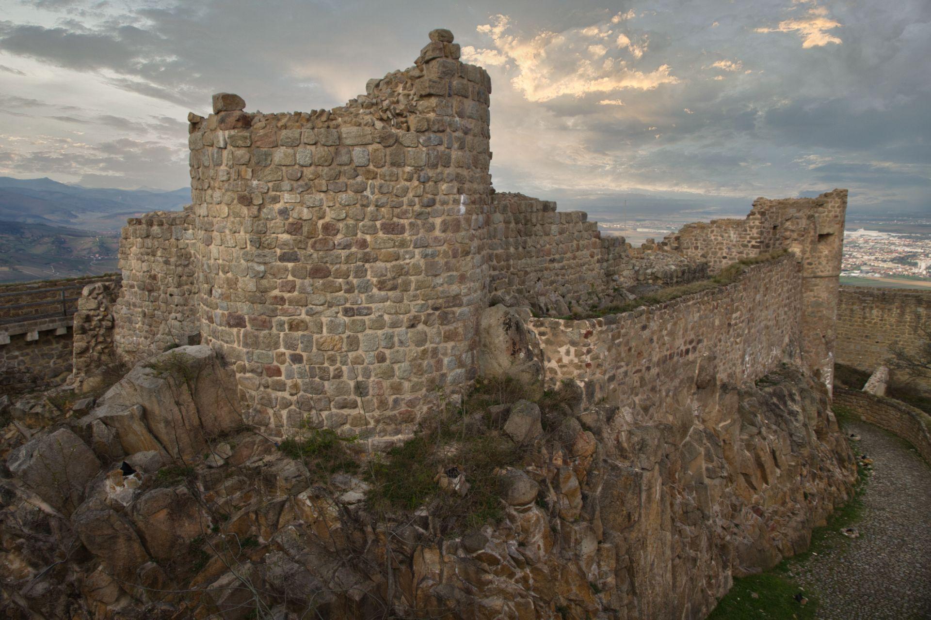 Die ältesten Teile der Burg ....